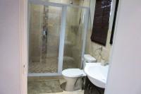 13.Bathroom